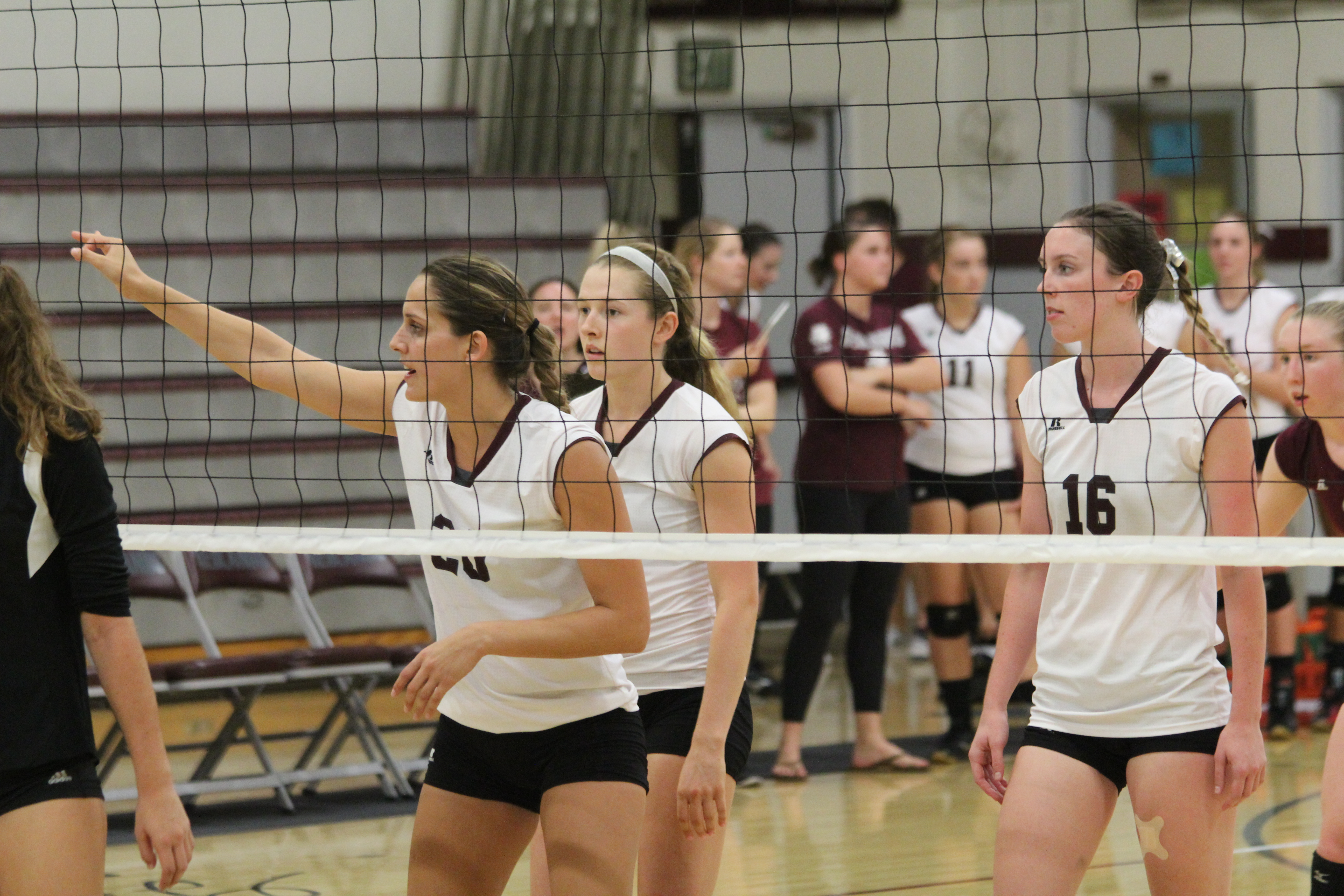 Volleyball Suffers Straight-Set Loss Against Occidental