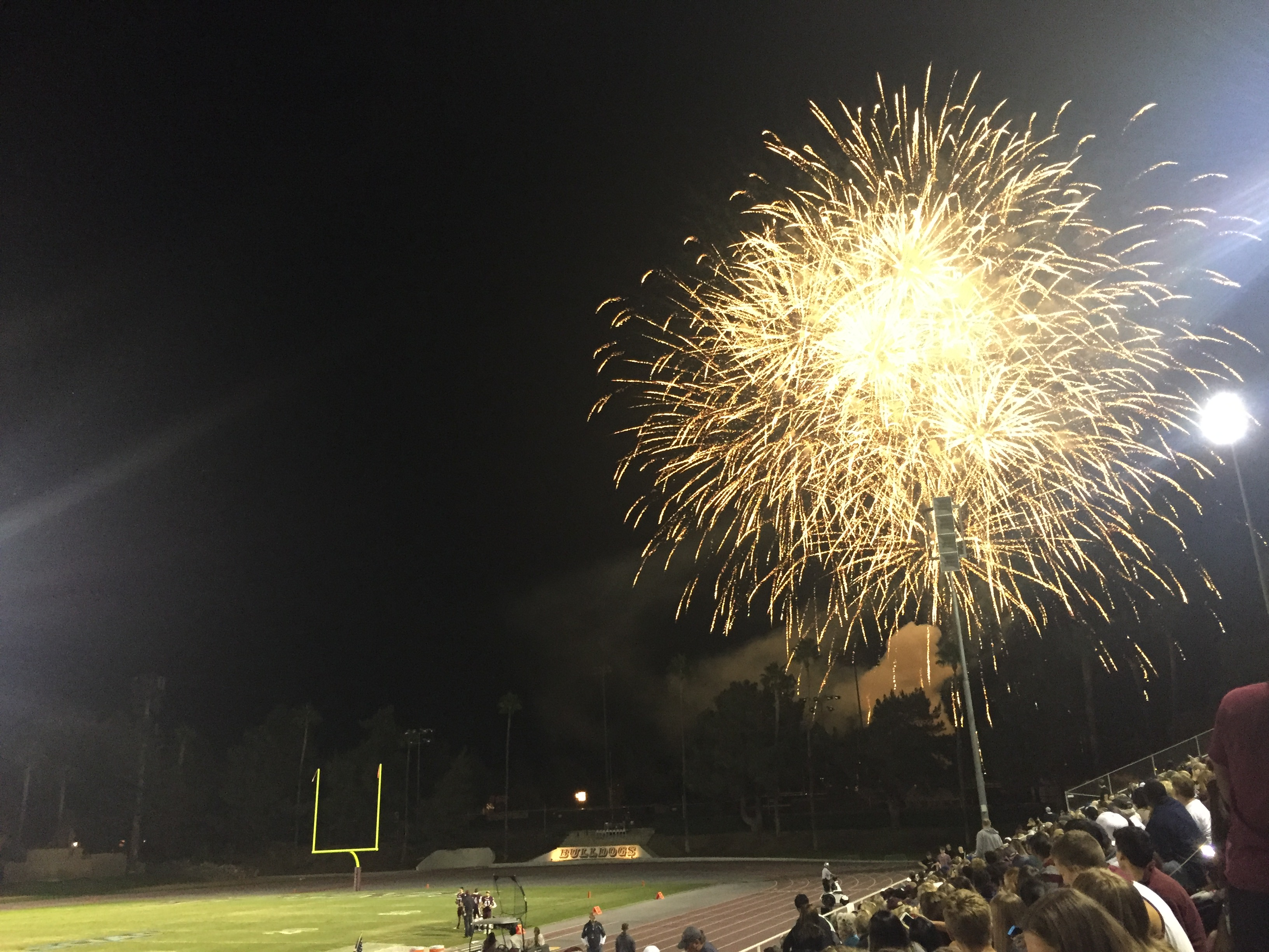 Football Survives Late Comeback to Earn Homecoming Victory